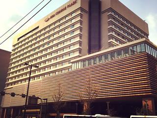 博多駅前ANAホテルすぐ裏です☆